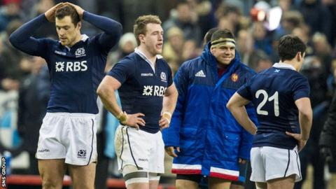 Scotland lost 15-8 to France in Paris