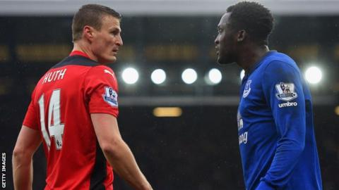 Robert Huth and Romelu Lukaku