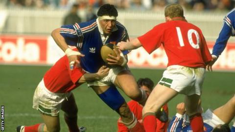 Abdelatif Benazzi on the attack for France against Wales in Paris in 1993