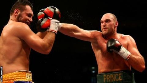 Tyson Fury punches Christian Hammer