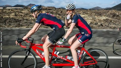 Rhiannon Henry and guide Nicole Walters