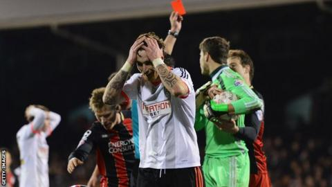 Fernando Amorebieta sent off