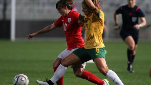England's Frank Kirby and Australia's Servet Uzunlar