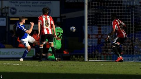 Daryl Murphy scores against Brentford