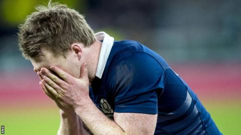 It was another tough afternoon for Scotland at Twickenham.