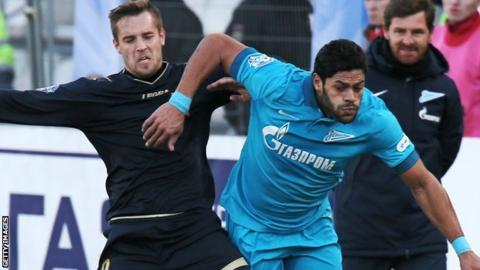 Hulk (right) in action against Torpedo Moscow