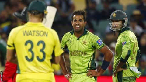 Australia's Shane Watson and Pakistan's Wahab Riaz