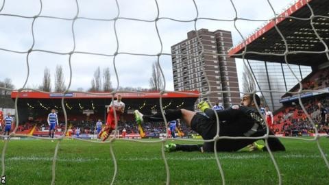 Yoni Buyens scores from the penalty spot for Charlton