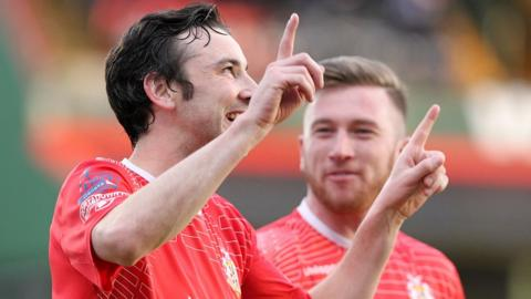 Former Linfield players Michael Gault and Mark McAllister were on target as Portadown stormed into a 3-0 first-half lead against Ballymena United