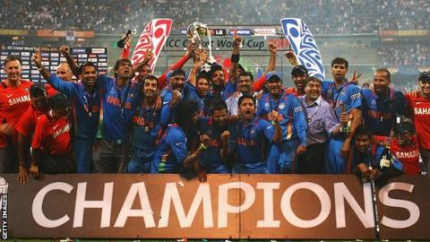 India celebrate with Cricket World Cup trophy in 2011