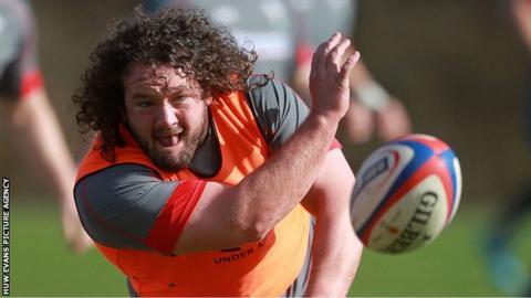 Adam Jones in training with Wales