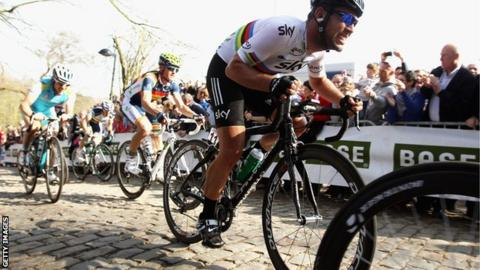 Mark Cavendish ground his way over the cobbles at Gent-Wevelgem in 2012 afb284633