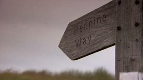 sign post to the Pennine Way