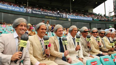 Richie Benaud fans at the Sydney Cricket Ground