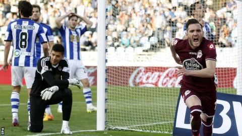 Real Sociedad v Deportivo La Coruna