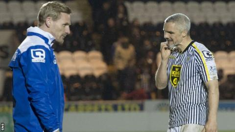 Gary Teale and Jim Goodwin show their disappointment