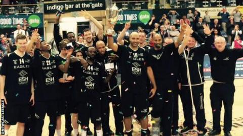 Newcastle Eagles celebrate winning the #British Basketball League title