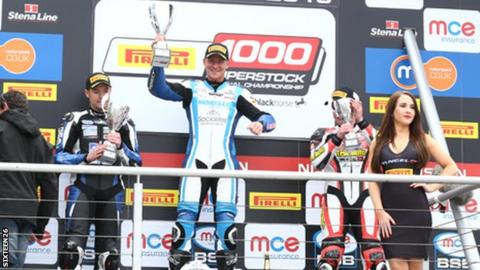 Josh Elliott clinched his first win in the National 1000cc Superstock