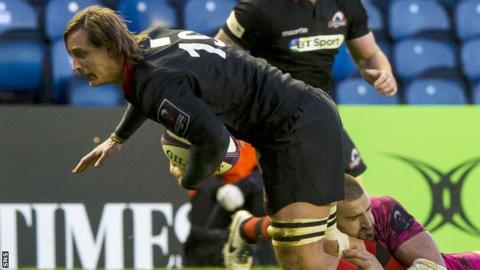 Anton Bresler carries ball for Edinburgh