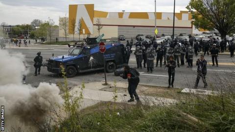 Baltimore city police clash with protestors