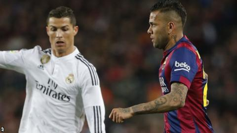 Dani Alves 'wants Barcelona stay'