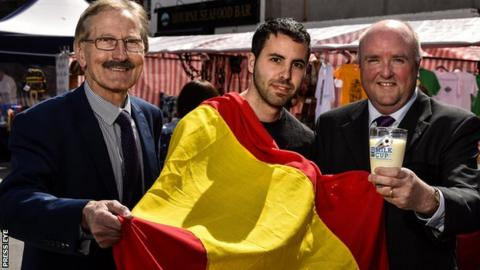 Milk Cup chairman Victor Leonard with Spanish football fan Miguel Serna and Dale Farm commercial director Jason Hempton