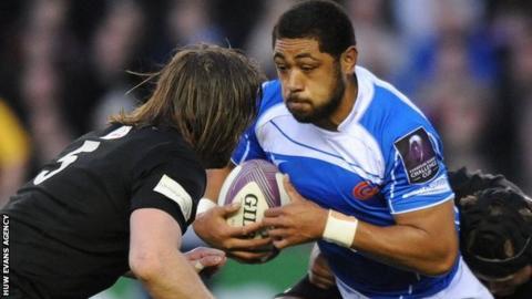 Taulupe Faletau takes on Edinburgh in the Challenge Cup semi-final