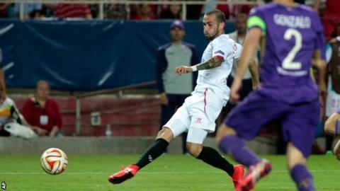 Sevilla full-back Aleix Vidal