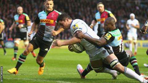 Francis Louw scores try for Bath