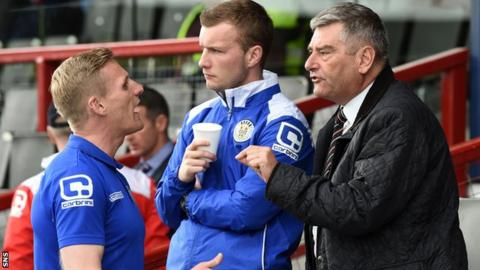St Mirren manager Gary Teale (left) speaks with Chairman Stewart Gilmour (right)