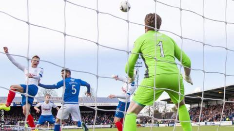 Dean Shiels scored the winning goal at Palmerston with a smart header