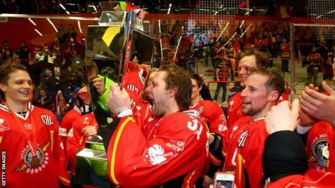 Lulea celebrate winning last year's final