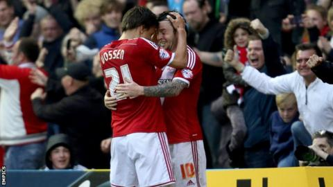 Jelle Vossen and Lee Tomlin
