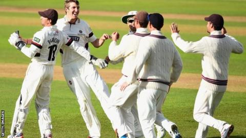 Somerset celebrate a wicket at Trent Bridge