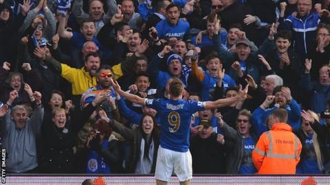 Jamie Vardy celebrates scoring against West Brom