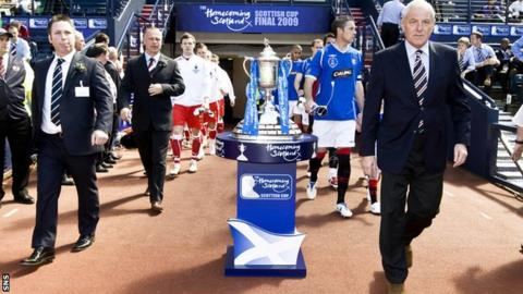 John Gowans (left), father of Craig Gowans, led Falkirk out at Hampden in the 2009 Scottish Cup final
