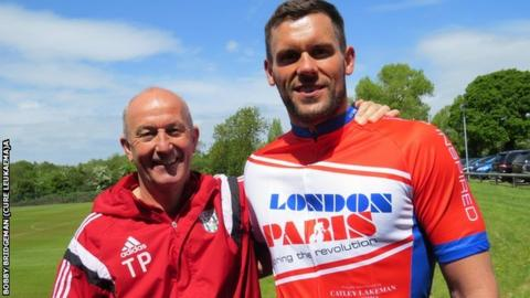 Ben Foster has the full support of Albion manager Tony Pulis, a fellow charity cycling fundraiser