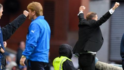 Stuart McCall (left) saw his team lose 3-1 to Ian Baraclough's Motherwell (right)