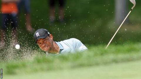 Tiger Woods in second-round action