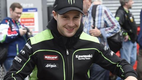 Jonathan Rea edged out Kawasaki team-mate Tom Sykes