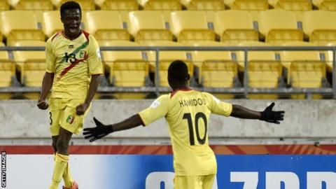 Mali Under-20 players celebrate