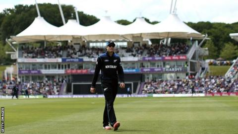 Ageas Bowl hosts England v New Zealand ODI