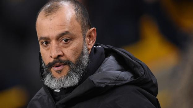 VAR in danger of turning players and supporters into 'robots', says Wolves boss thumbnail