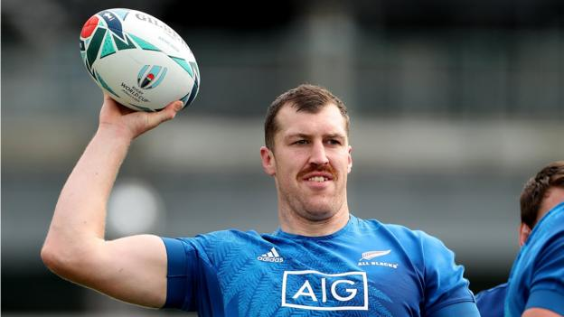 Rugby World Cup: New Zealand go with form against Ireland thumbnail
