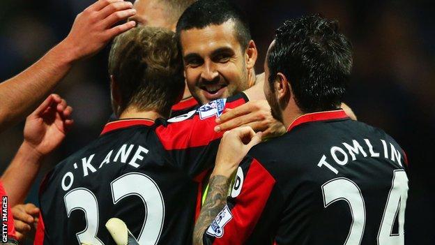 Adam Federici congratulated by Bournemouth team-mates