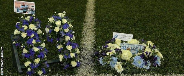 Cardiff Blues pay tribute to Jonah Lomu