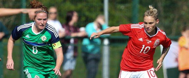 Jess Fishlock in action for Wales against Northern Ireland