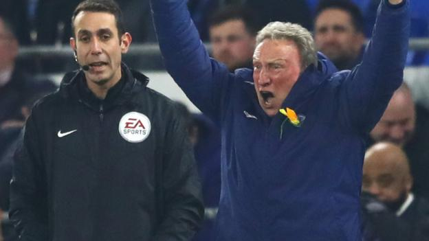 Neil Warnock and Claudio Ranieri call for VAR after controversial decisions thumbnail