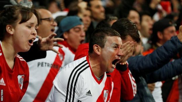 River fans react