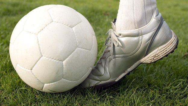 Generic footballer